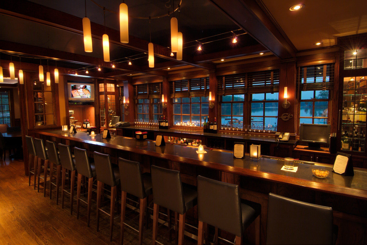 Mountain Lakes Club bar restaurant interior design